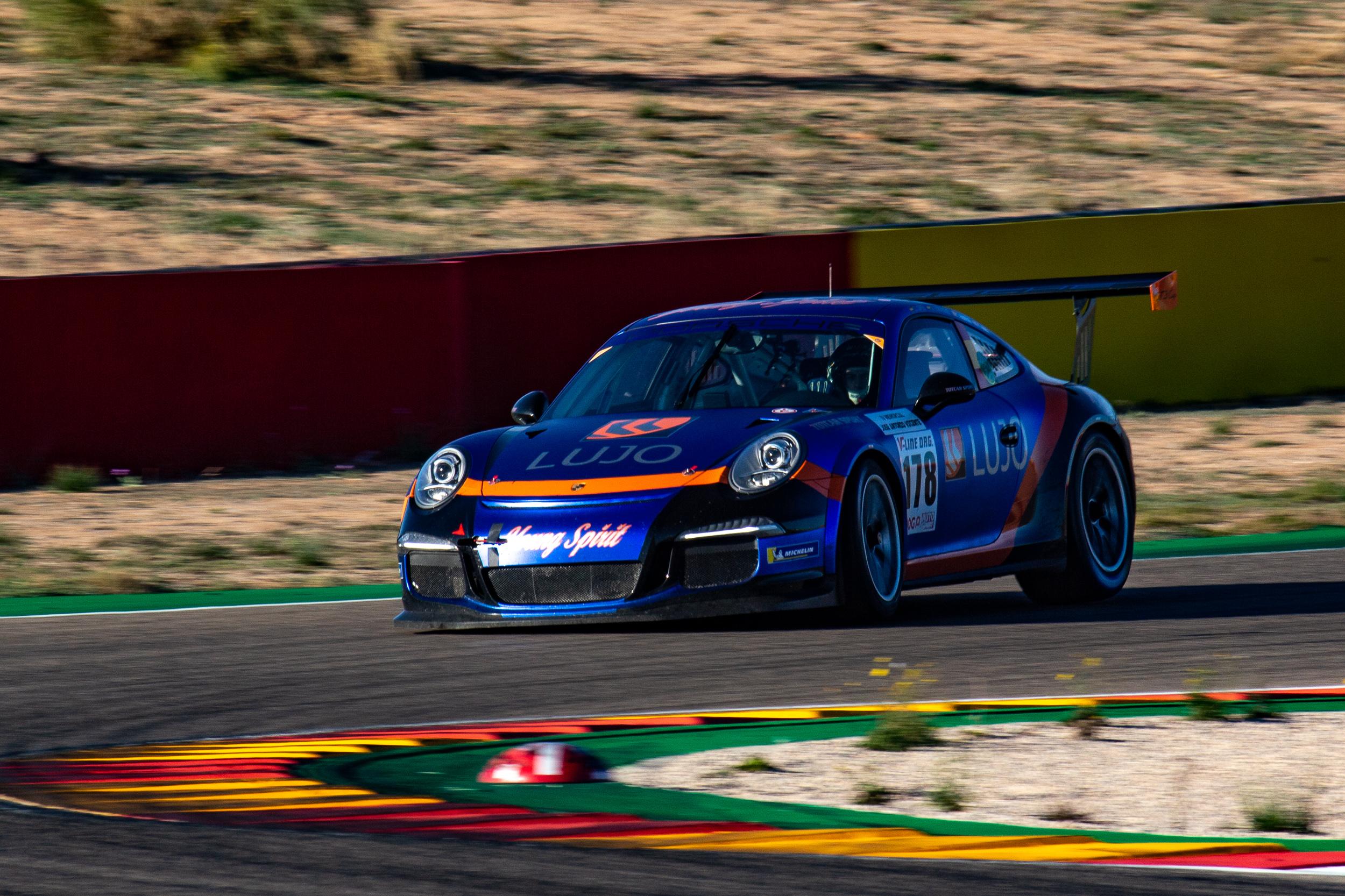 Porsche 911 GT3 Cup en los 500km de Alcañiz 2019